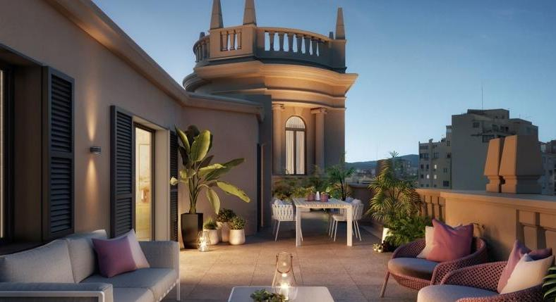 Realize your wishes with a sophisticated penthouse on the Avenidas.