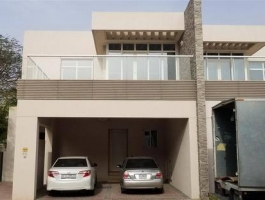 4 BEDROOM VILLA FOR RENT ON BEAUTIFULL PLACE