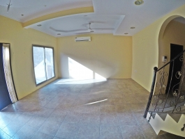 4 Bedrooms Semi Furnished Villa for Rent in Galali