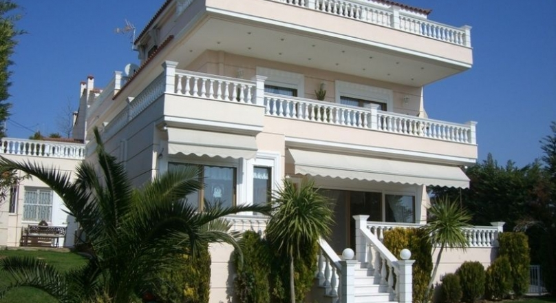 Villa in Koropi Agia Marina
