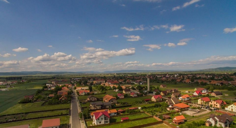 FILMING drone !!! Field Farm, Hala Residential construction on land 20.000mp, Prejmer, Brasov