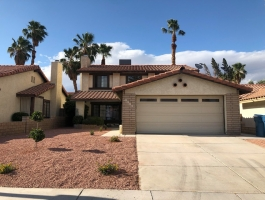 ** HOME FOR RENT ** BEAUTIFUL TWO STORY HOME LOCATED IN THE HEART OF LAS VEGAS!!