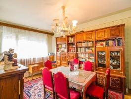 Apartment in interwar villa + cottage, courtyard, Central, Brasov