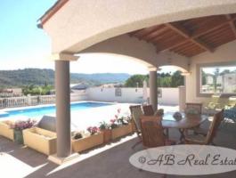 Villa, Bungalow For Sale in Beziers area, Languedoc Roussillon, South of France