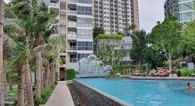 Corner condo for sale In Popular UNIXX condo Pattaya