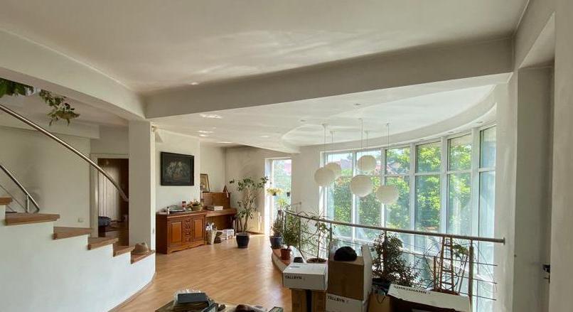 Distinct villa, suitable for the center: medical/educational/entertainment