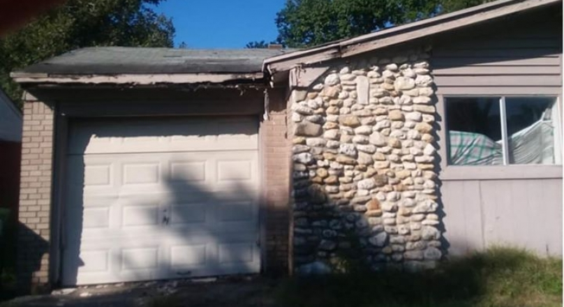 HOUSE FOR SALE: Only CASH!
