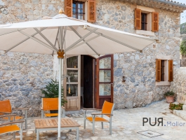 The real Mallorca? If, then here. Stone house with modern interior. In 30 minutes in Palma.