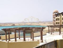 Luxury pool & Marina view 1 bedroom Apartment