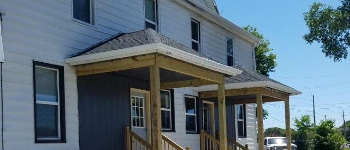 Financing Available   Duplex in Waterloo, IA   For Sale Or Lease!