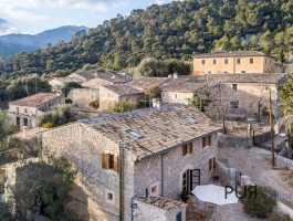 Are you looking for the real Mallorca? A modern stone house. In 30 minutes in Palma.
