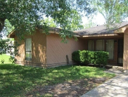 HOUSE FOR SALE: CASH OR FINANCED!