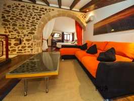 Duplex Apartment PLUS Apartment. Mallorcan town house. With many usage variants.