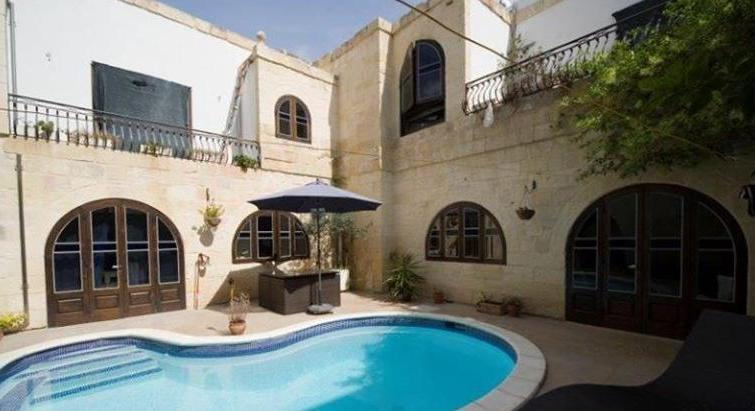 ZEJTUN - HOUSE OF CHARACTER