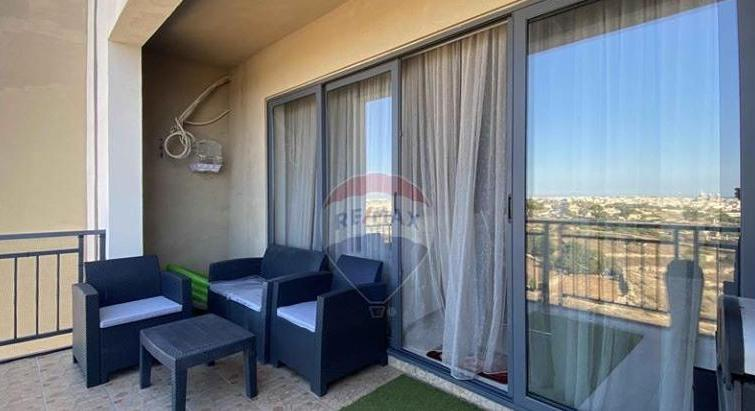 Luqa - Modern Furnished Apartment Facing ODZ
