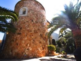 Tower villa near Cala Santanyi. Wide view of the sea. Mallorca PUR.