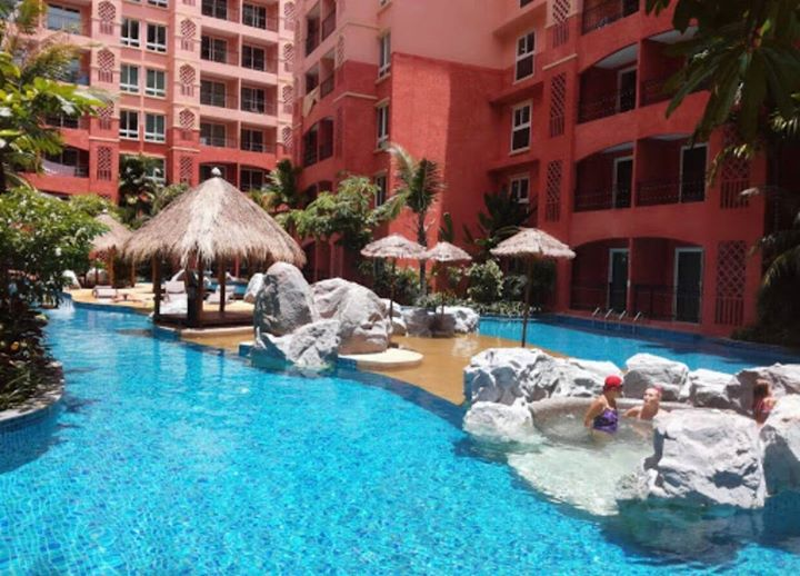 FOR RENT / SEVEN SEAS CONDO