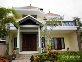 luxury villa with ocean view for rent in jimbaran bali