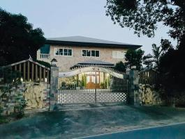 Sale of pool villas with a large plot of land in Mabprachan area - Pattaya