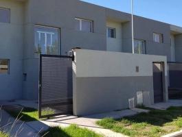 Dahir real estate Sells Duplex brand new Plottier.