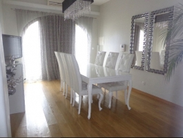 House T3 + 1 in Pombal, just a few minutes walk from various services of the city