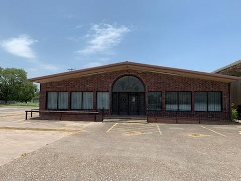8,000+ SF Commercial Space - 611 Lincoln Ave, Robstown, TX