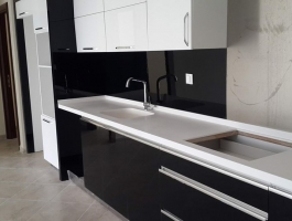 3 + 1 FLAT WITH A SOCIAL FACILITY POOL IN KUŞADASI CENTER (MEF EMLAK)