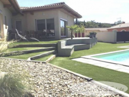 Villa, Bungalow For Sale in Pezenas area