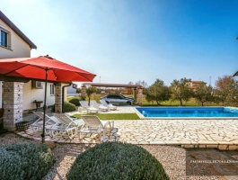 COMFORTABLE FAMILY HOUSE 10 KM FROM THE SEA WITH POOL IN CROATIA!