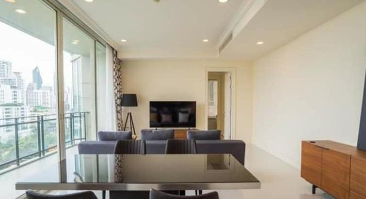 For rent The Royce Private Residence at Phrom Phong Type 2 bedroom