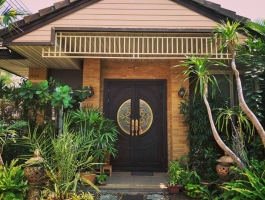 Luxury Single House For Sale