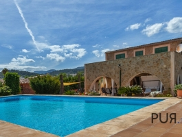 Selva - Such a look at the front door? Finca with stunning views of the Tramuntana.