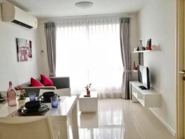 A 37.5 Sq M. One bedroom and separate living area and kitchen on 1st Floor at D' Vieng Santitham Condo.