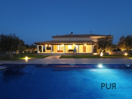 In the North. Finca with holiday rental license. In 20 minutes at the Playa de Muro.