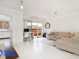 Looking for an immaculate 2 bedroom apartment? Well look no further...