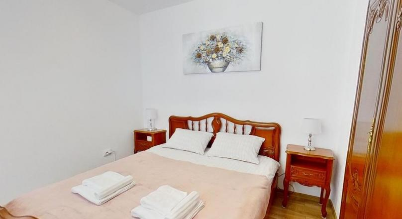 EXPLORE VIRTUALLY! Classy House, Hotel regime, Central, Brasov