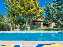 Pollen approx. Finca with holiday rental license. And really Mallorcan.