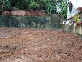 FOR SALE VELLAYAMBALAM 13 CENTS OF PRIME LAND JUST NEAR RAJ BHAVAN KENSTON ROAD 150 METER FROM