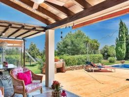 Finca in Arta. With vacation rental license. Feel good or rent out yourself