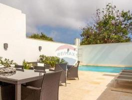 MARSASCALA - TERRACED HOUSE WITH LARGE OUTDOOR AND POOL