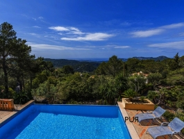 Infinity. Galilea. THE mountain village above Calvia. With the view to the coast.