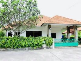 Single house for rent soi khao noi/ pattaya