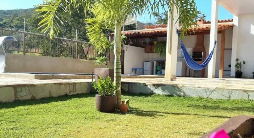 sale of a townhouse with a view to the Morro do Frota