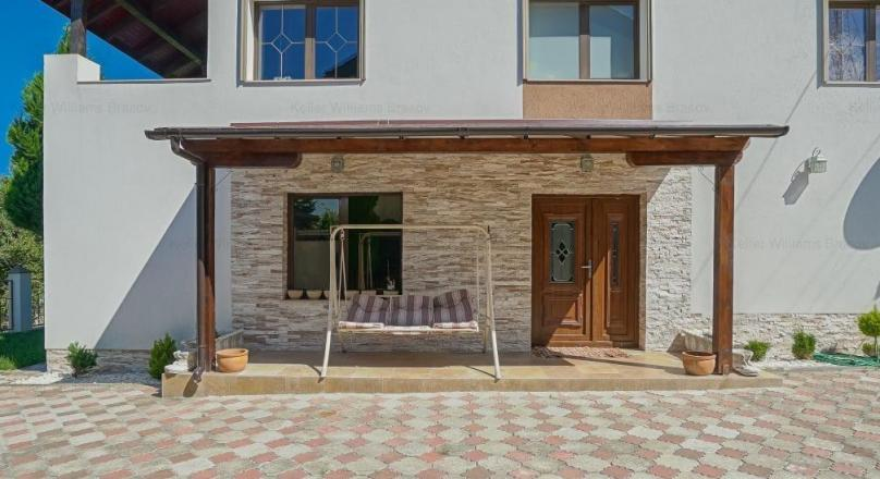 Fairytale house in the green area, Bunloc Brasov