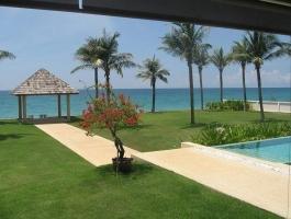 Absolutely gorgeous pure premium beachfront villa